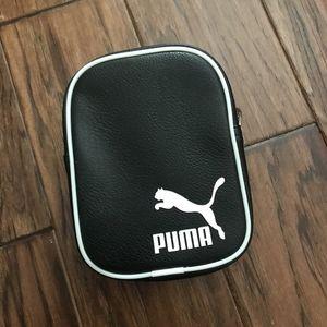 Puma pouch